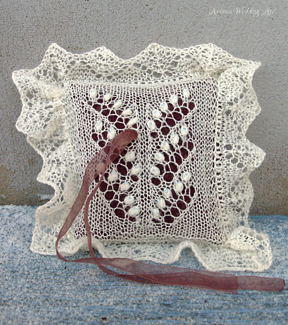 natural white knitted ring bearer pillow with lily of the valley pattern blue beads brownish red pillow_Artanis Wedding Lace